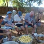 des kilos de pomme de terre à préparer